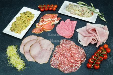 """Assortiment """"Buffet froid"""" 8 à 10 personnes. Taboulé, piémontaise, salami, jambon sec, jambon blanc, rosette, rôti de porc cuit"""