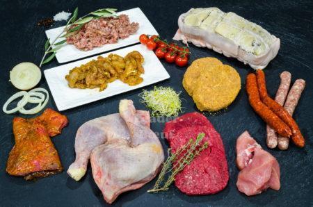 """Assortiment """"Tentation"""" 50 personnes. Cuisse de Poulet, choix de rôti de dinde, sicilienne de volaille, bifteck échalote, bifteck haché, escalope de veau, sauté de porc, farce à tomate, merguez, choix de chipolatas"""