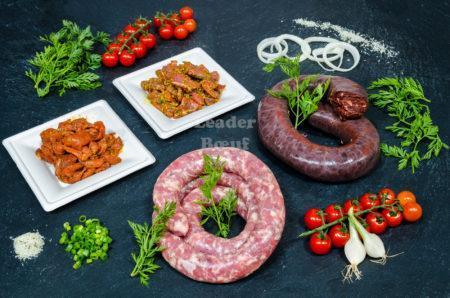 """Assortiment """"Convivial"""" 25 personnes. Émincé de dinde Provençal, émincé de porc au curry, boudin noir, saucisse au couteau"""