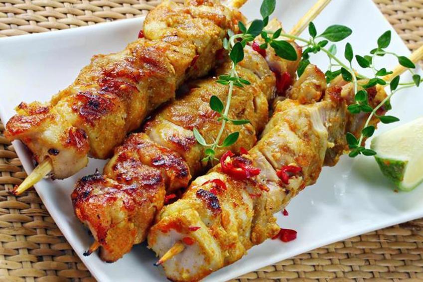 Viande pour barbecue et recette de brochettes de poulet